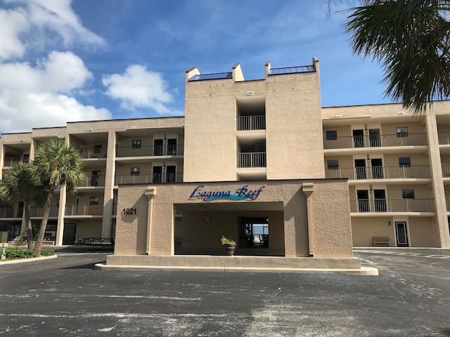 Laguna Reef Hotel Unit #123