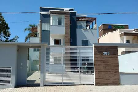Apartamento perto praia/Beto Carrero em Piçarras