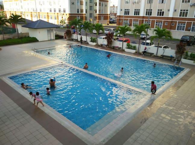 KK HOLIDAY SUITES APARTMENT - Kota Kinabalu - Flat