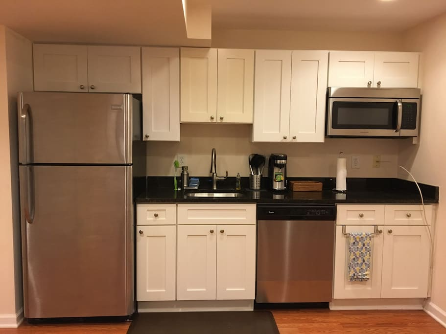 Beautiful, recently renovated kitchenette with full refrigerator, sink, dishwasher, Keurig-style coffee maker with K-Cups and microwave.
