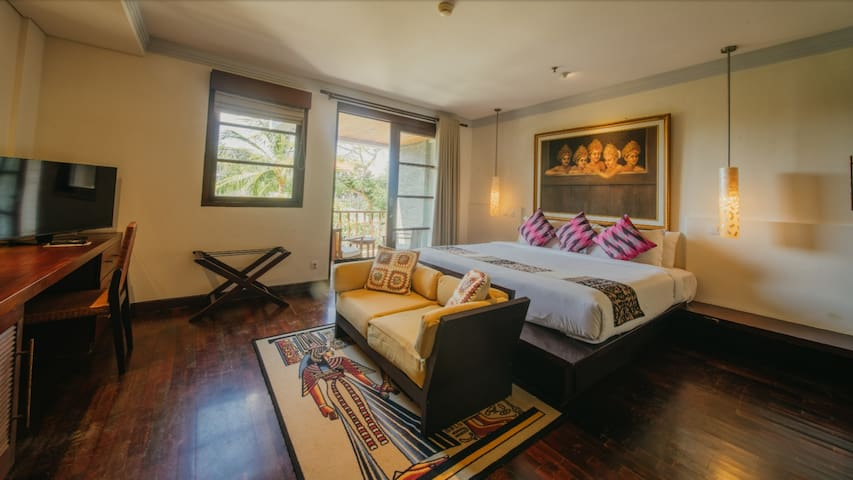 Master bed room has balcony view to the main garden, restaurant and pools.