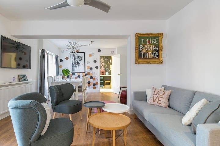 Apartamento reformado de 160m2 a 10' del centro