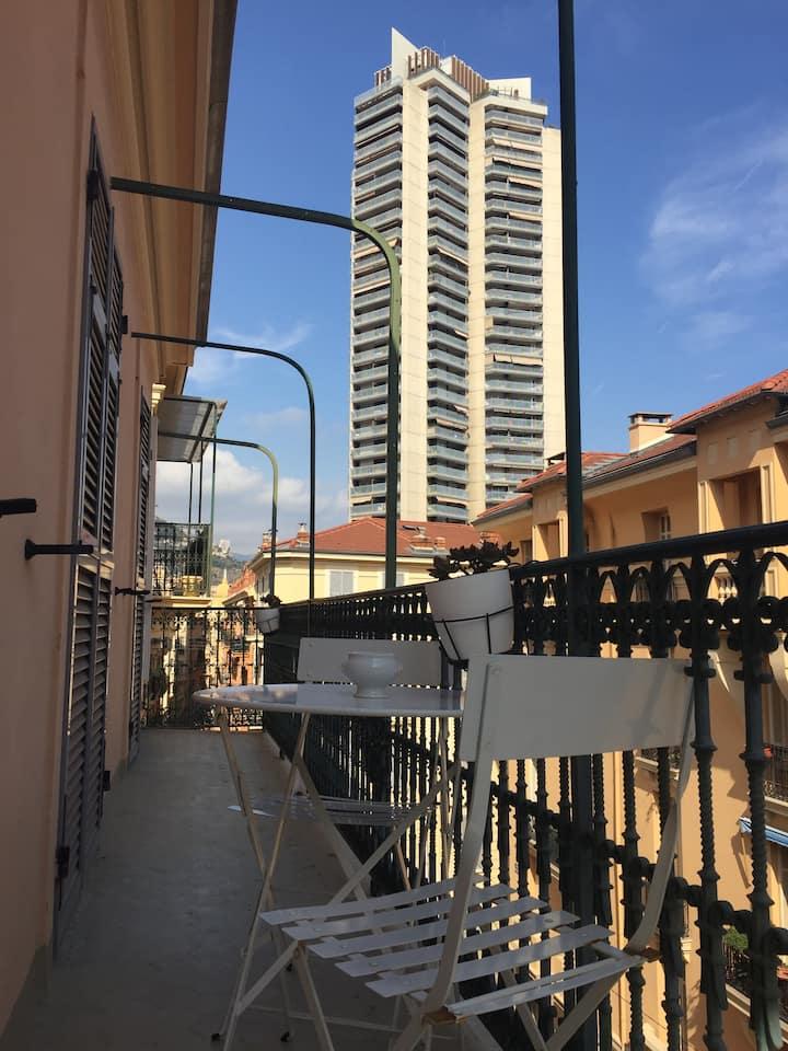 2 pièces En plein centre de Monaco