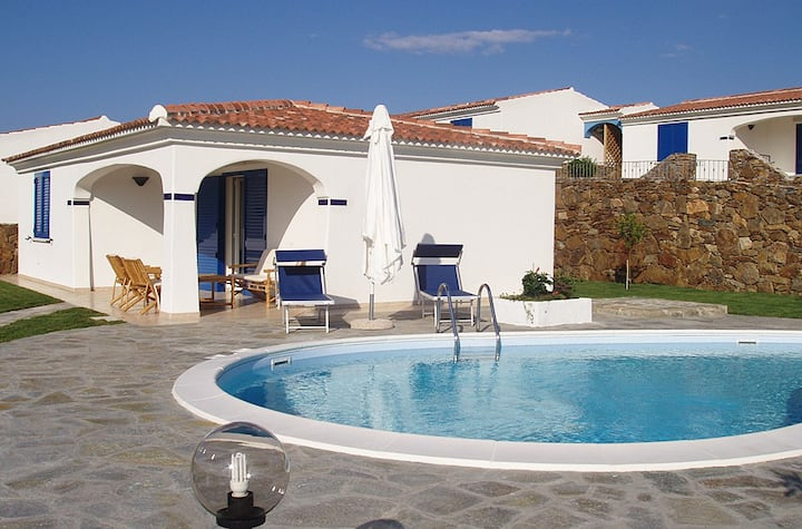 Villa Moreno 15, Sea View and Swimming Pool