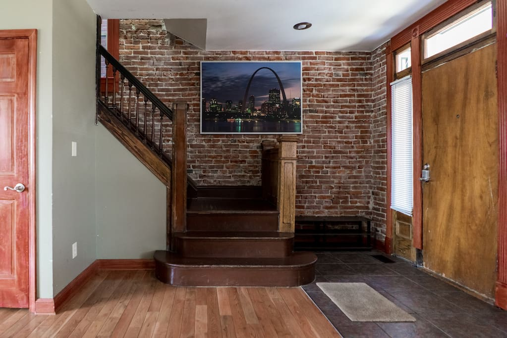 Entry/ Staircase