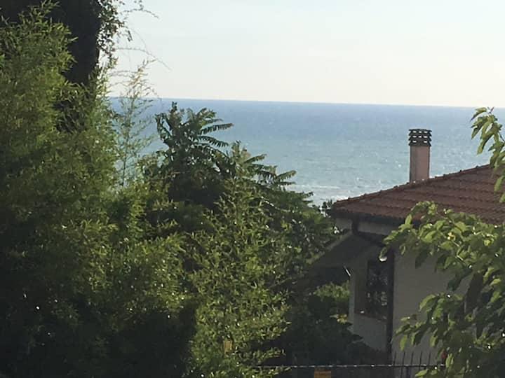 Villetta collinare con belvedere sull'Adriatico