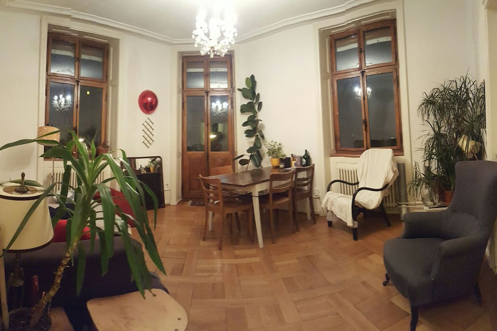 livingroom (rented out during the Messe)