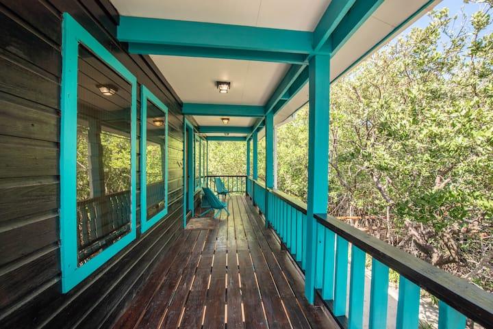 Barracuda House at the Bella Vista  Resort