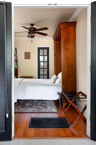 Second bedroom. Queen.
