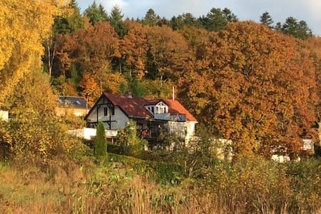 Charmerende Købmandsgård i Funder Ådal - Silkeborg