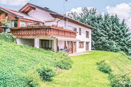 Holiday apartment with 2 bedrooms on 75m² in Oberreute
