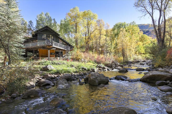 Rustic home nestled on the river in Aspen
