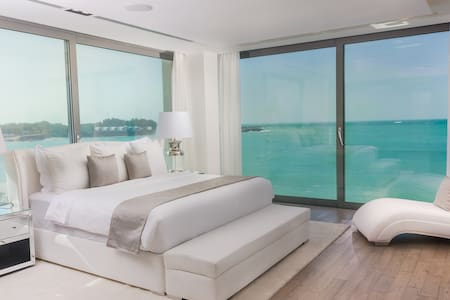 Luxury Island 1 Bed Ocean Villa with Private Pool
