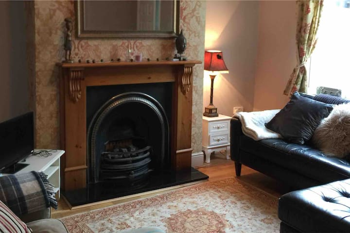 Cottage central with WIFI and Netflix