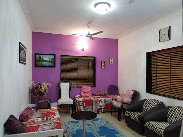 Radhika villa BnB,A Luxurious N Cozy stay