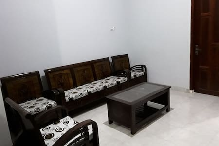 Single room near Grand Mall Maros & airport