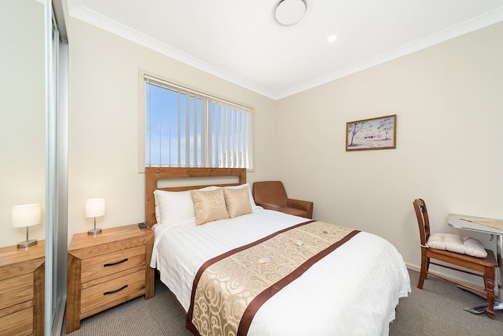 Marulan George St - Superior Room #8 ONLY