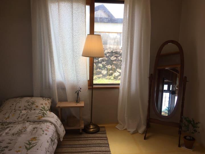 구좌읍 종달리 내방같은 1인실 목수금토일 게스트하우스