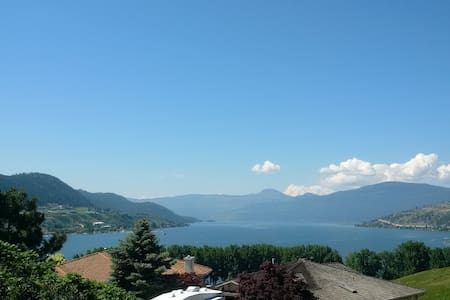 Okanagan Lake View Tuscany Oasis-Beach, Golf & Ski - Vernon - Hus