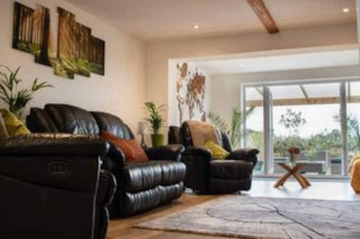 Beautiful Luxury Yorkshire cottage,  Close to York