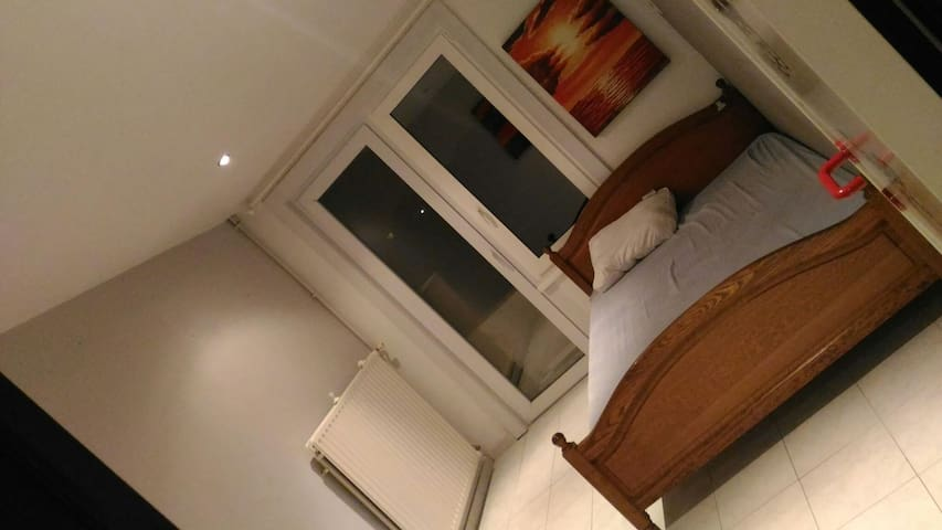 Nice and clean room near everything - Blankenberge