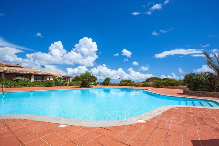 709 Villa with Seafront Pool in Porto Cervo