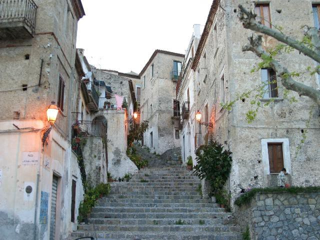 Grande maison en plein coeur de Scalea (Calabre) - Scalea - Villa