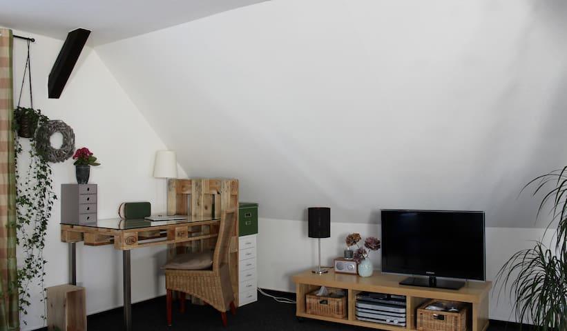 Helle, schöne & zentrale Wohnung - Byt