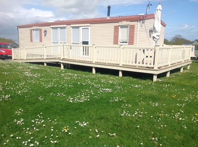 Affordable Static Home in Cowes, The Isle of Wight
