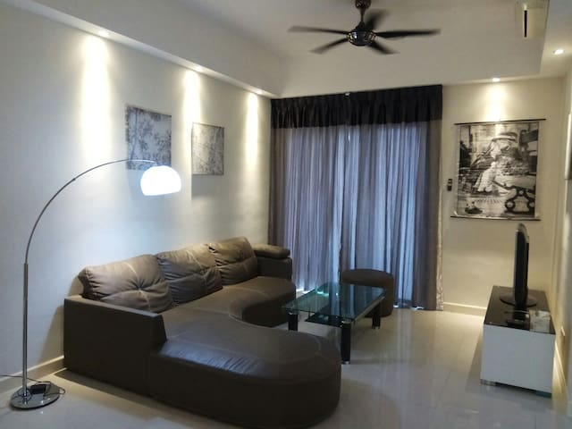Ideal Stay for Work/Leisure in Kuala Lumpur (13)