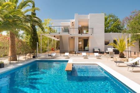 Luxury Villa Near Ibiza Town - HOT OFF THE PRESS!! - Ibiza
