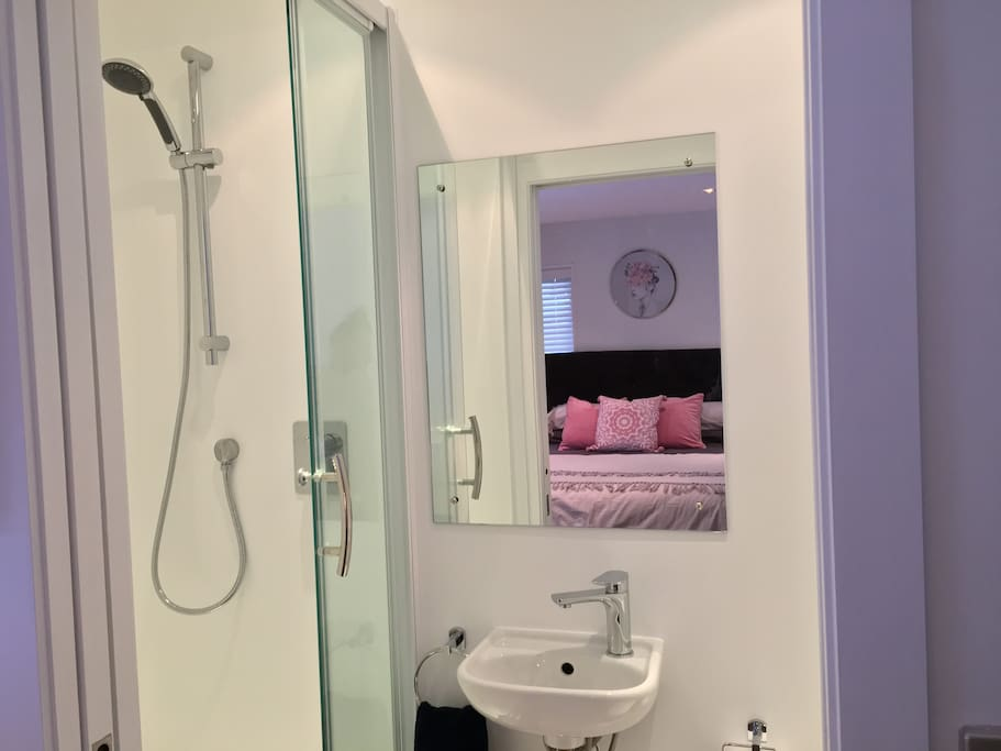 Private Studio with Ensuite Shower Room
