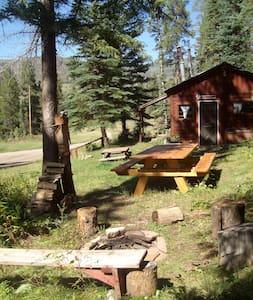 The Bear's Den Mountain Retreat $99. Meeker, CO. - Meeker - Ξυλόσπιτο
