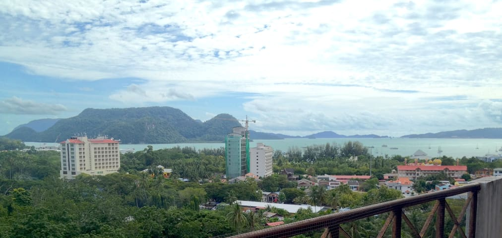 Apartment in Langkawi with view of the bay - Langkawi - Selveierleilighet