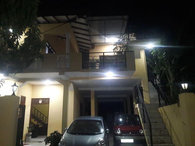 Grand J Villa AC Apartment Unawatuna