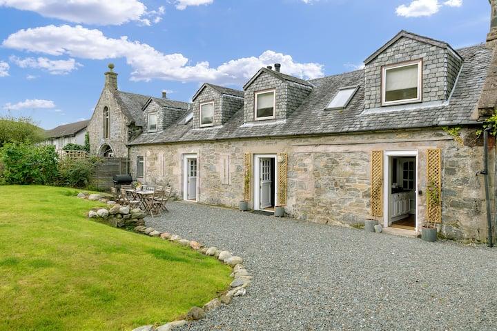 Campbell Cottage, Arrochar, Loch Long