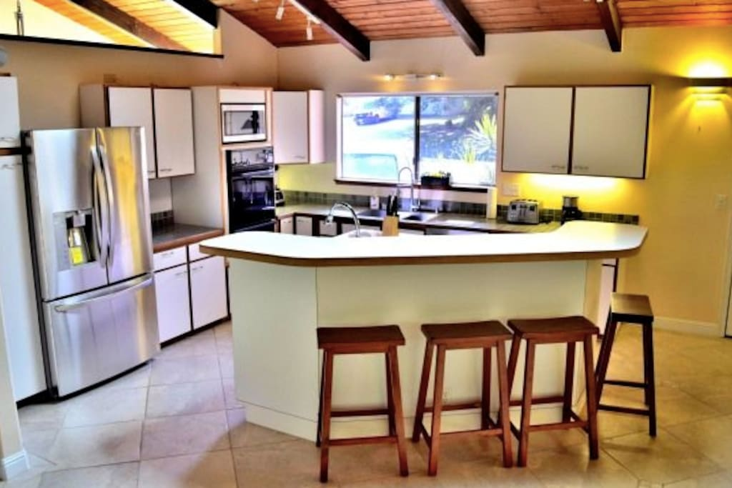 Fully loaded Kitchen!