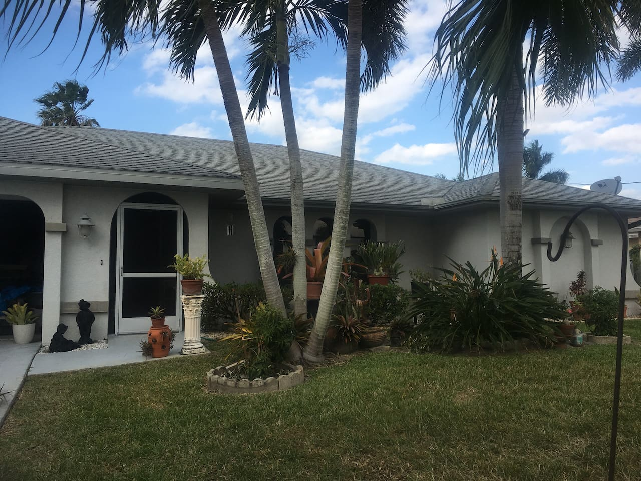 Convenient location to much in Cape Coral, and the Veterans Bridge to Fort Myers.
