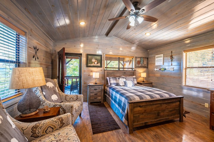 Chipmunk Cottage - NEW