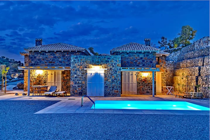 Three Bedroom Villa -  Complex M2 - Agia Galini - Villa