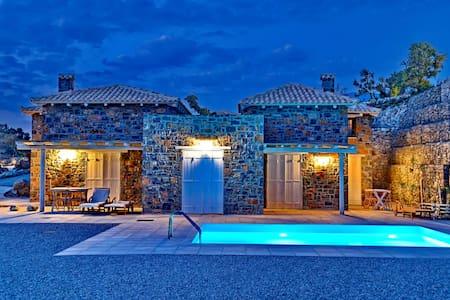 Three Bedroom Villa -  Complex M2 - Agia Galini - Villa