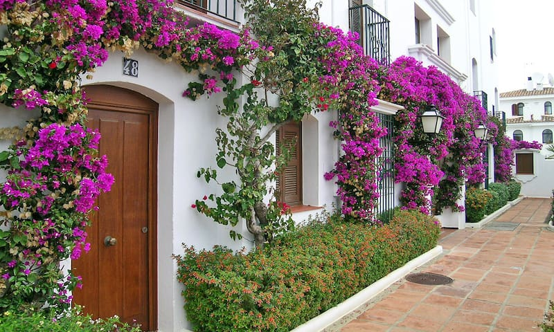 One Bedroom Apartment MacDonald Villacana, Spain
