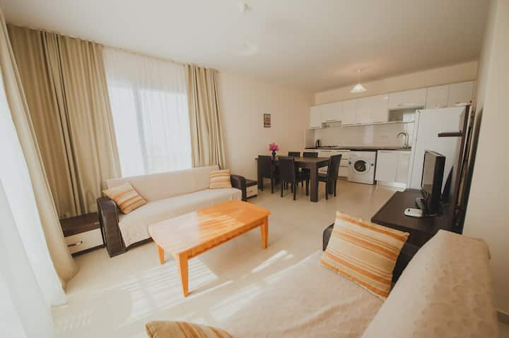 Apartment with 2 bedrooms, 100meters from sea.