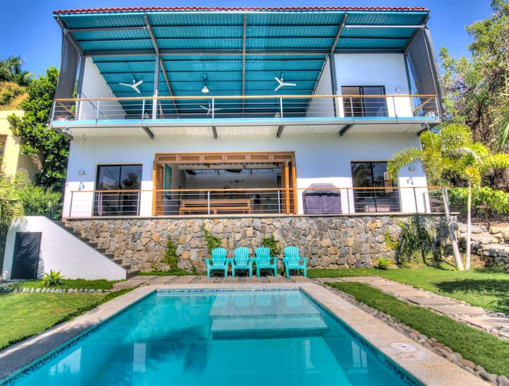 New Large OneWave Villa @ EL Tunco & Sunzal beach!