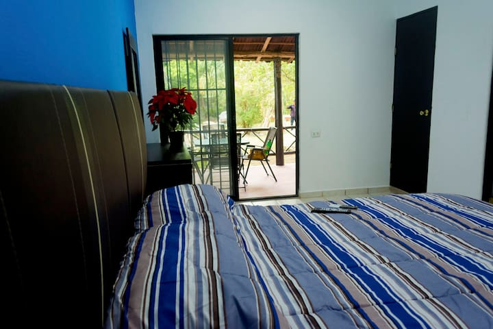 Clean & Cozy Apartment in an Amazing Location 2.0 - San Miguel de Cozumel - Huoneisto