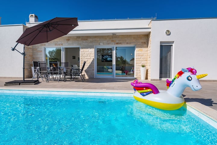 Gabriella Holiday Home  with private pool