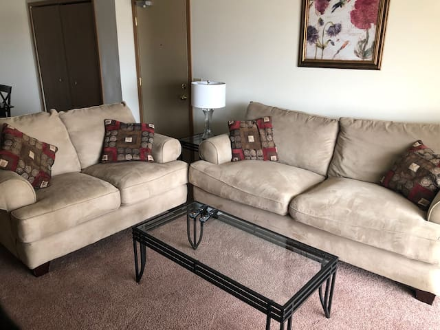 Lawton Furnished Apartment Suite-2 bedroom