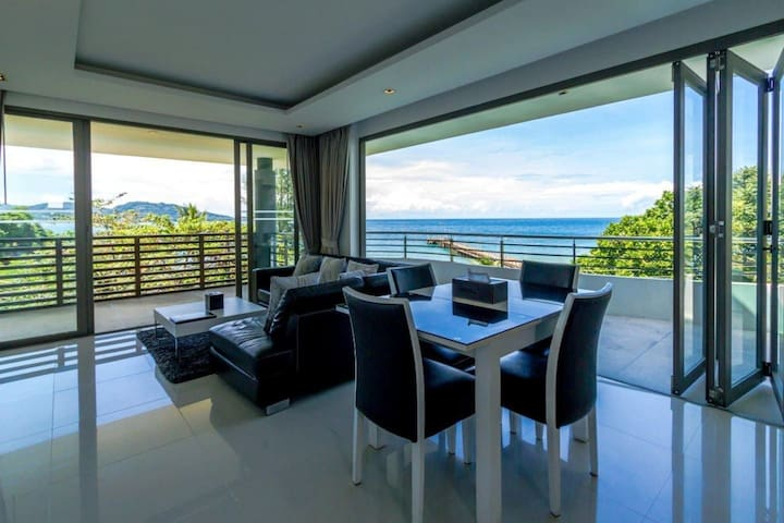 Living room with seaview海景客厅