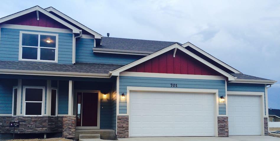 Northern Colorado Two Bedroom Home! - Severance