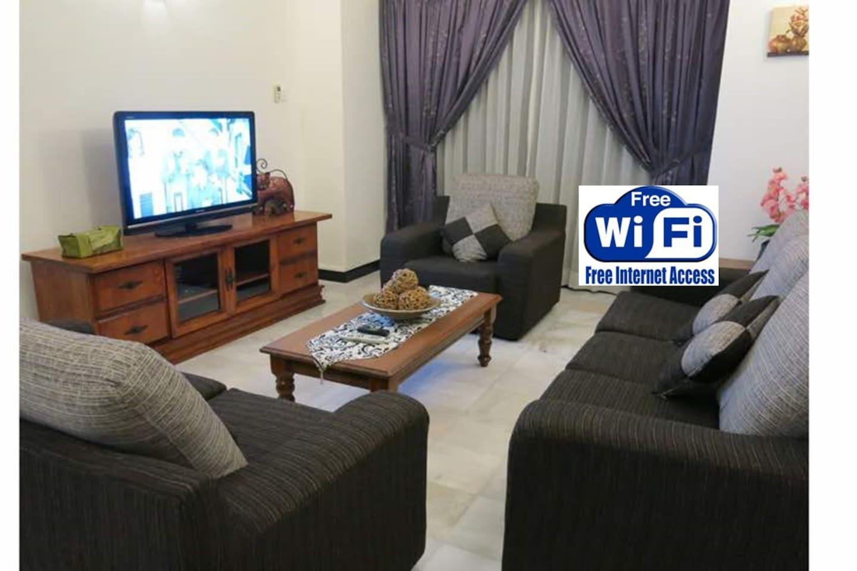 Living room - Free Wi-Fi